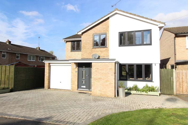 5 Bedrooms Detached House for sale in Oak Tree Drive, Lane End