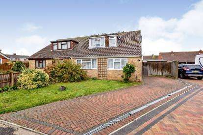 4 Bedrooms Semi Detached House for sale in Gosport, Hampshire, .