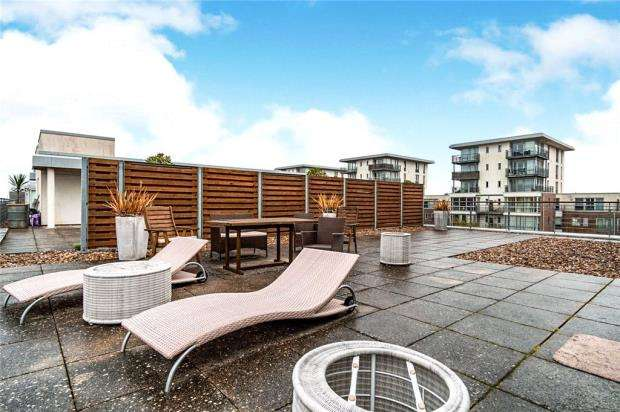 3 Bedrooms Apartment Flat for sale in Marlborough House, Admiralty Road, Portsmouth