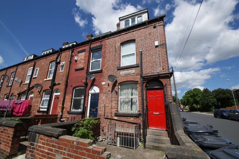 5 Bedrooms Terraced House for rent in Branksome Terrace, Hyde Park, Leeds