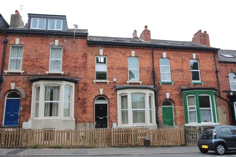 10 Bedrooms Terraced House for rent in Victoria Road, Hyde Park, Leeds