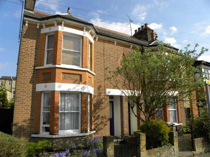 3 Bedrooms Semi Detached House for rent in Union Street, Dunstable