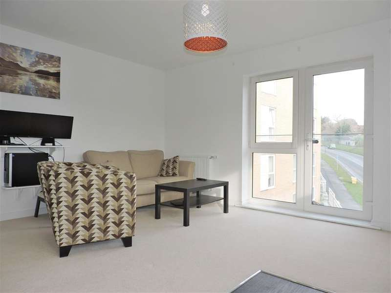 2 Bedrooms Flat for sale in Temple Hill, Dartford, Kent DA1 5TT