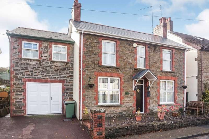 3 Bedrooms Cottage House for sale in Lon Pennant, Cwmgelli, BLACKWOOD, NP12