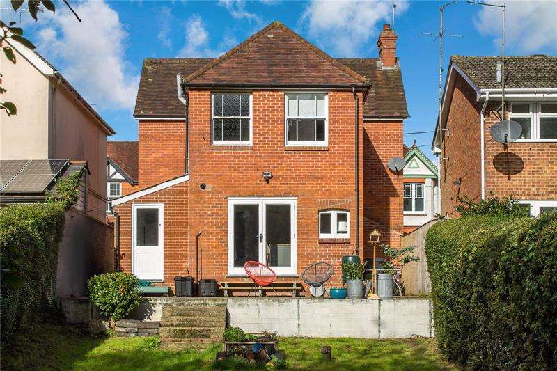 3 Bedrooms Detached House for sale in Western Road, Liss, Hampshire, GU33