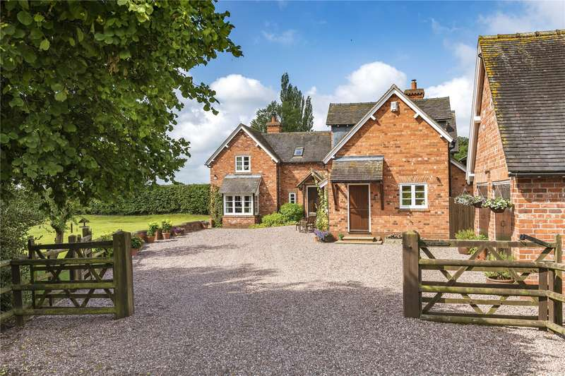 4 Bedrooms Detached House for sale in Shray Hill Cottage, Shray Hill, Telford, Shropshire, TF6