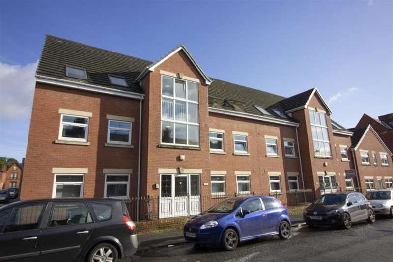 2 Bedrooms Flat for sale in Wilkinson Street, Leigh, WN7 4DQ