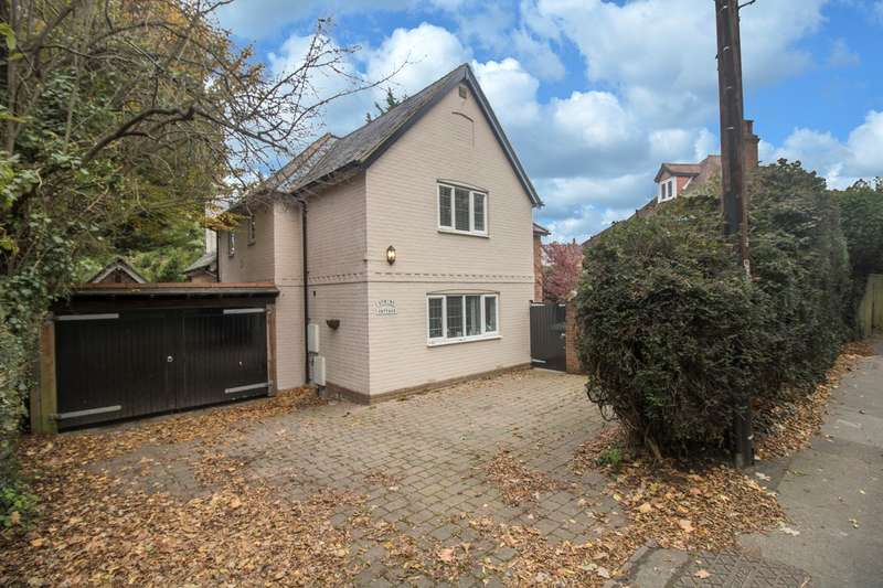 5 Bedrooms Detached House for sale in Shrubbs Hill Road, Lyndhurst, SO43
