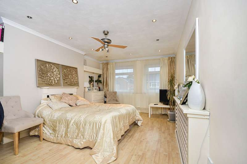 2 Bedrooms Maisonette Flat for sale in Bedgebury Close, Maidstone, Kent, ME14