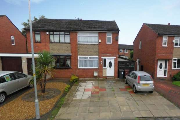 3 Bedrooms Semi Detached House for sale in Hayward Avenue, Little Lever, Lancashire, BL3 1NS