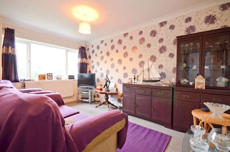 2 Bedrooms Maisonette Flat for sale in Shanklin, Isle Of Wight