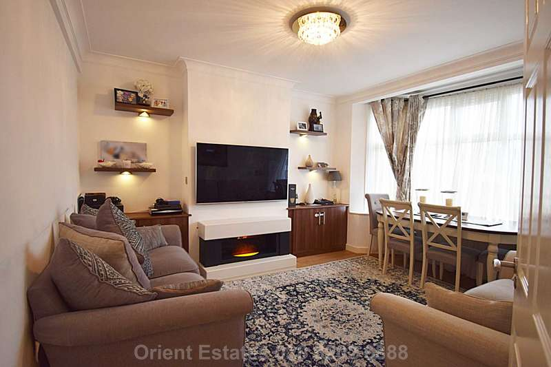 2 Bedrooms Apartment Flat for sale in Parade Mansions, Hendon Central