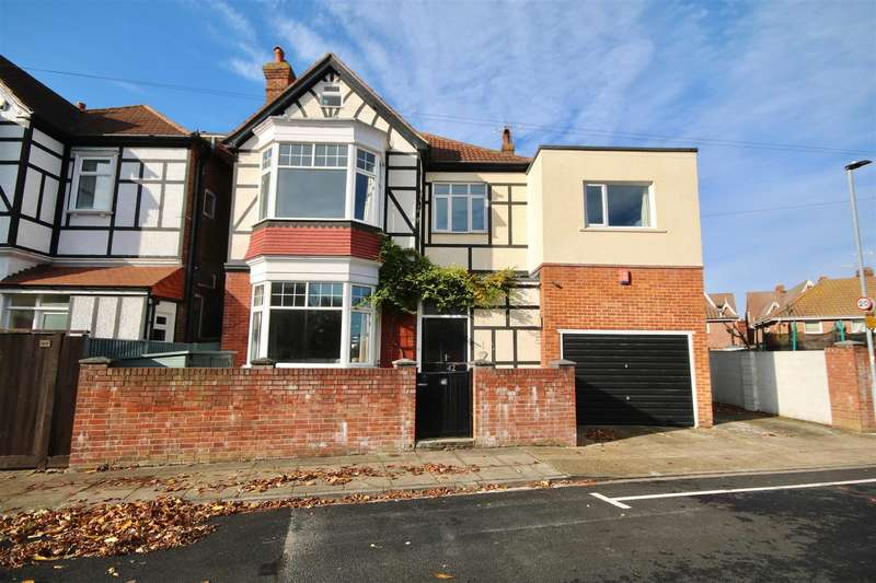 5 Bedrooms Detached House for sale in Craneswater Avenue, Southsea