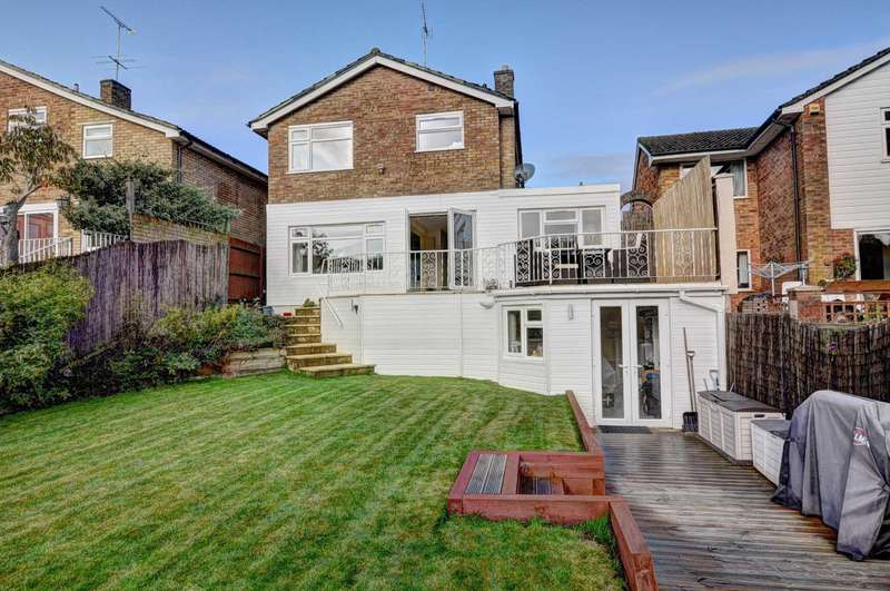 4 Bedrooms Detached House for sale in Beech Avenue, Lane End
