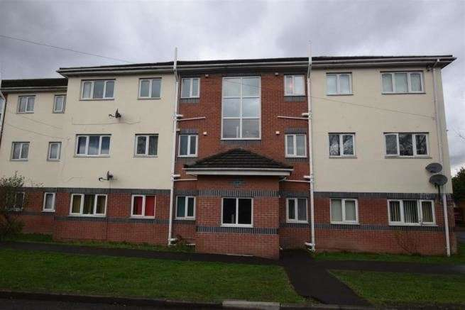 2 Bedrooms Apartment Flat for sale in Byron Street, Oldham, Greater Manchester, OL8 4QU