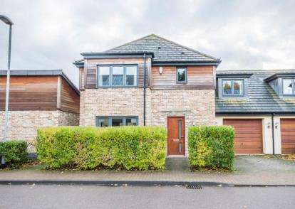4 Bedrooms Semi Detached House for sale in Impington, Cambridge