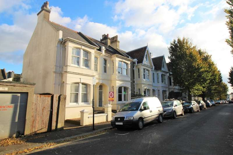 3 Bedrooms Semi Detached House for sale in Lancaster Road, Brighton