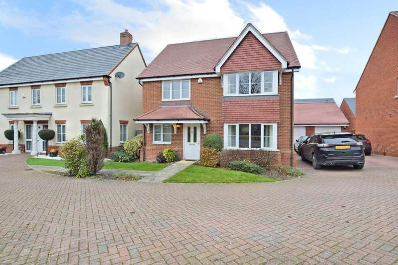 4 Bedrooms Detached House for rent in Grazeley Road, Three Mile Cross, Reading, RG7