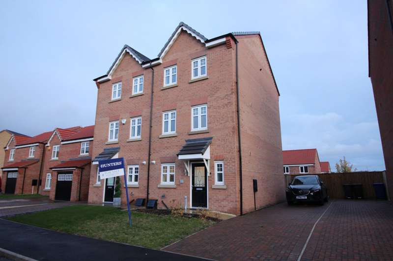 4 Bedrooms Semi Detached House for sale in Hawthorne Avenue, Barnsley, South Yorkshire, S71