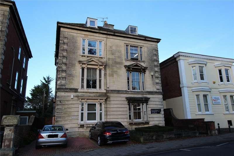 2 Bedrooms Flat for rent in Park Road, Gloucester GL1