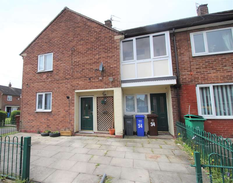 2 Bedrooms Ground Flat for rent in Topfield Road, Manchester, M22 9QN