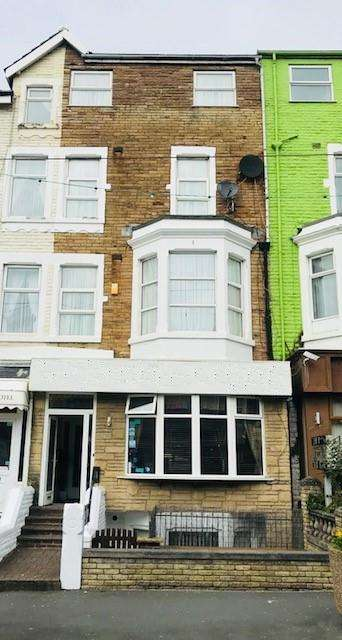 17 Bedrooms Hotel Commercial for sale in Charnley Road, Blackpool, FY1 4PF