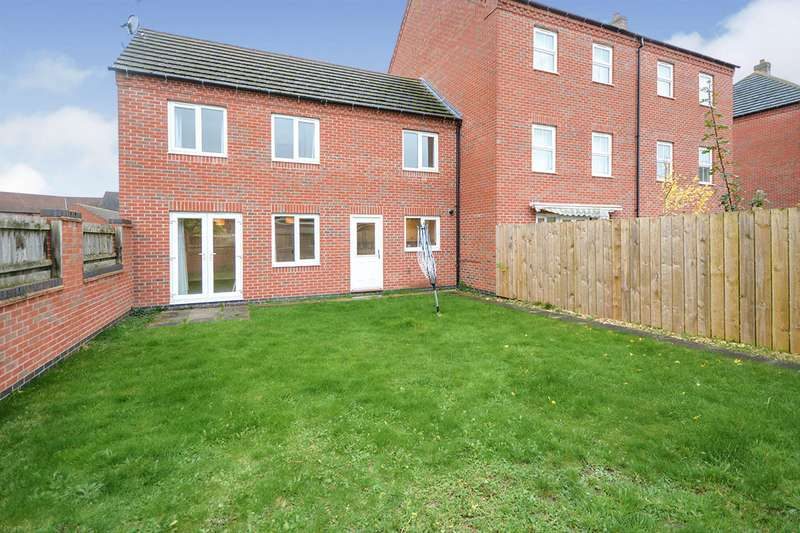 3 Bedrooms Semi Detached House for sale in Moorhen Close, Witham St. Hughs, Lincoln, Lincolnshire, LN6