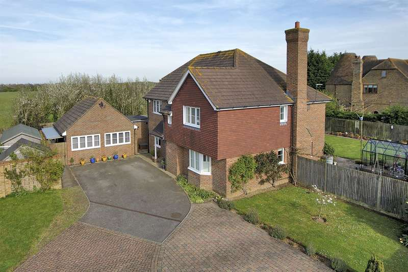 5 Bedrooms Detached House for sale in Spicers Field, Broomfield, Herne Bay