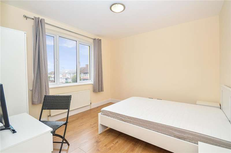 1 Bedroom House Share for rent in Bond Road, Mitcham