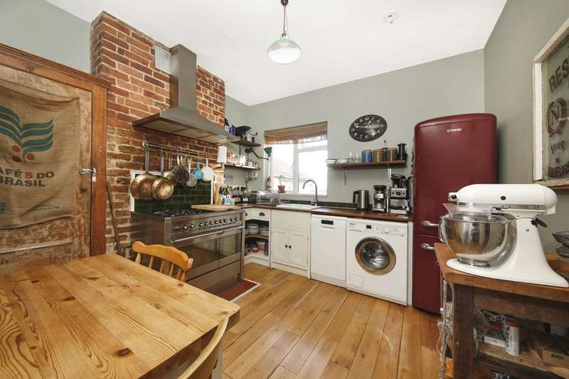 2 Bedrooms Flat for sale in Queenswood Road, Forest Hill, Forest Hill
