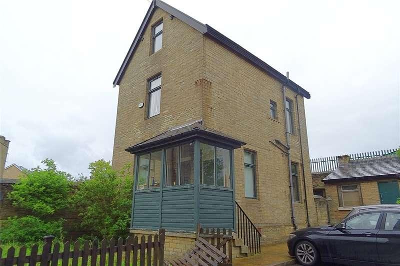 3 Bedrooms Detached House for sale in Byron Halls, Byron Street, Bradford, West Yorkshire, BD3