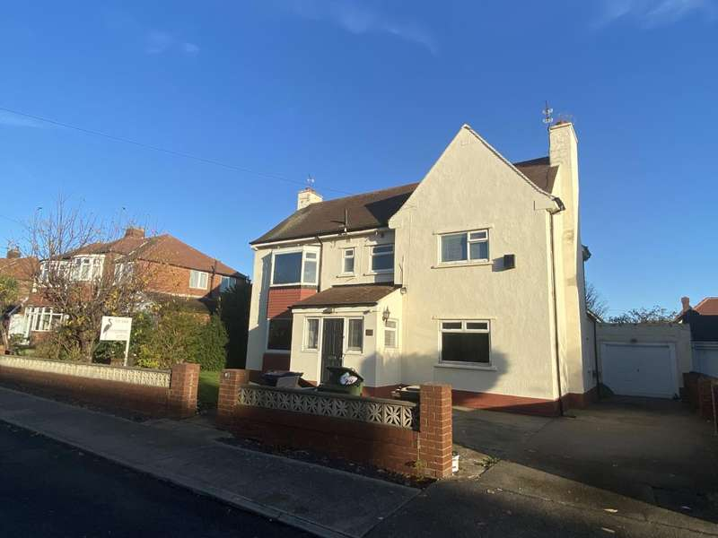 4 Bedrooms Detached House for sale in Farndale Avenue, South Bents, Sunderland