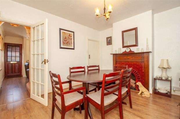 3 Bedrooms Terraced House for sale in Westbourne Terrace, Reading, Berkshire