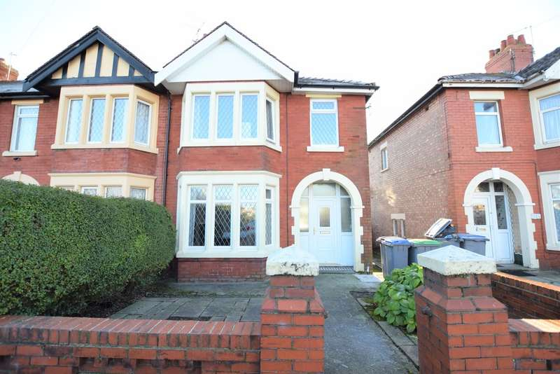 3 Bedrooms Semi Detached House for sale in Watson Road, Blackpool