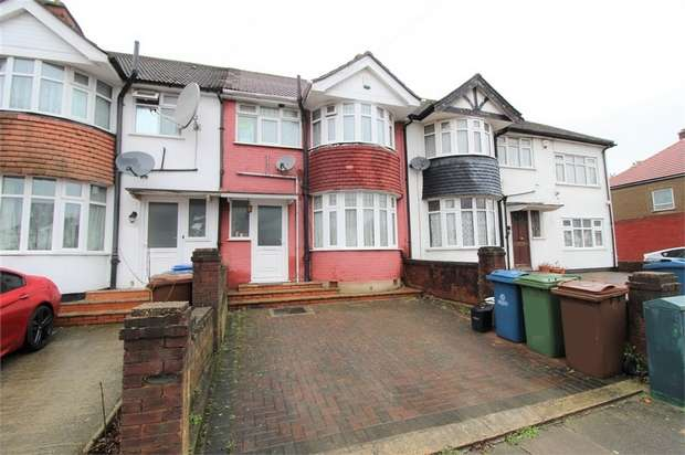 3 Bedrooms Terraced House for rent in Charlton Road, HARROW, Middlesex, UK