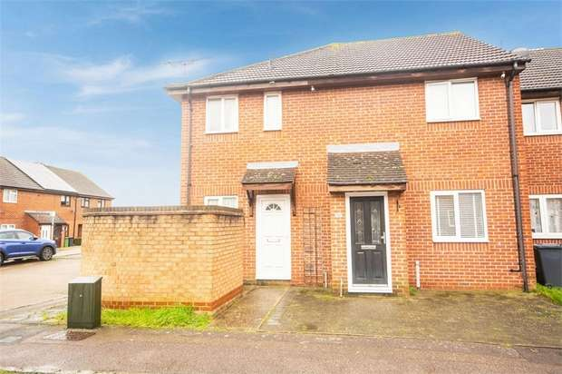 1 Bedroom Terraced House for sale in Leaforis Road, Cheshunt, Waltham Cross, Hertfordshire
