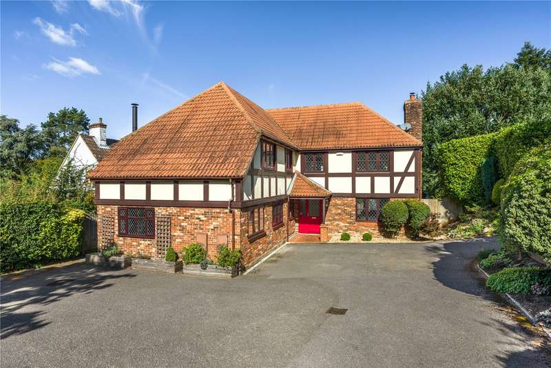 5 Bedrooms Detached House for sale in Caerleon Close, Hindhead, Surrey, GU26