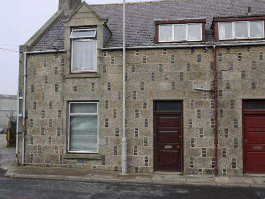 3 Bedrooms Semi Detached House for sale in Denmark Street, Fraserburgh, AB43