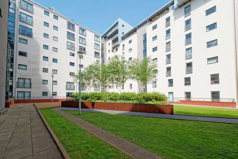 2 Bedrooms Flat for sale in Glasgow Harbour Terraces, Glasgow, G11 6BL