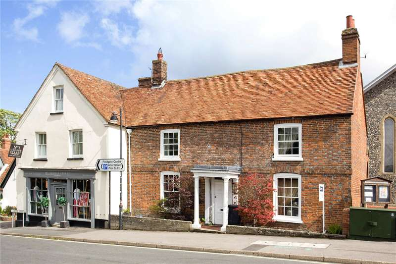 3 Bedrooms Terraced House for sale in George Street, Kingsclere, Newbury, Hampshire, RG20