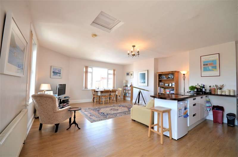 2 Bedrooms Maisonette Flat for sale in Cowes, Isle Of Wight