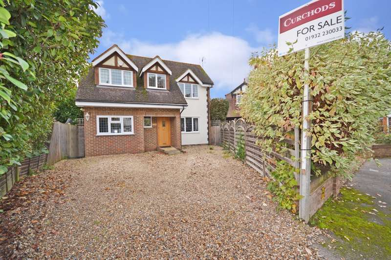3 Bedrooms Detached House for sale in Darby Crescent, Lower Sunbury, TW16