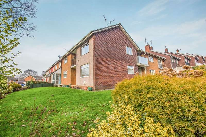 2 Bedrooms Apartment Flat for sale in Kidwelly Close, Llanyravon, Cwmbran