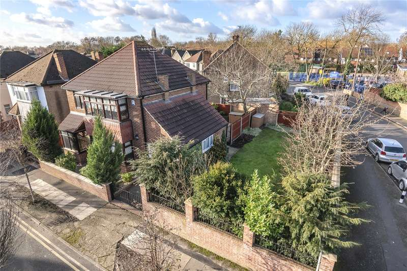 3 Bedrooms Detached House for sale in Brooklyn Way, West Drayton, Middlesex, UB7