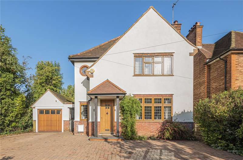 4 Bedrooms Detached House for sale in West Way, Pinner, Middlesex, HA5