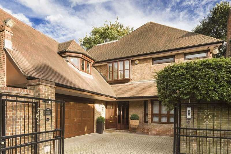 5 Bedrooms House for sale in Westover Hill, London, NW3