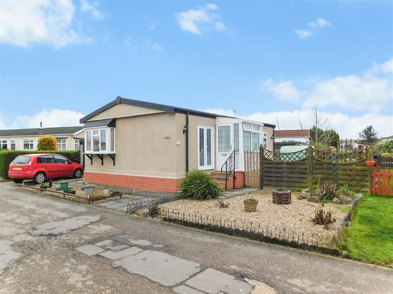 2 Bedrooms Park Home Mobile Home for sale in Kingfisher Drive, Beacon Park Home Village, Skegness, PE25 1TG