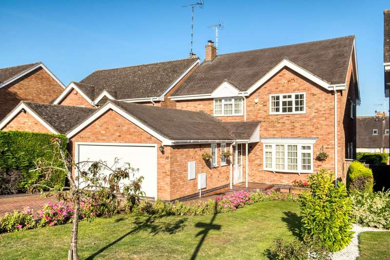 4 Bedrooms Detached House for sale in Brook End Close, Henley-in-Arden, Warwickshire, B95