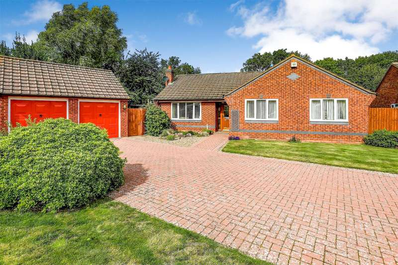 3 Bedrooms Detached Bungalow for sale in Eastward Road, Malvern, Worcestershire, WR14