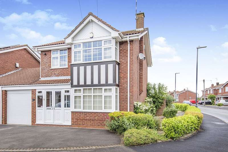3 Bedrooms Semi Detached House for sale in Newdigate Road, Bedworth, Warwickshire, CV12